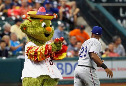 [VIDEOS] Time To Crown Orbit As Baseball's Best Mascot